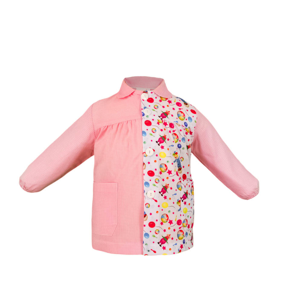 Bata escolar modelo brisa cuadro rosa con estampado globos.